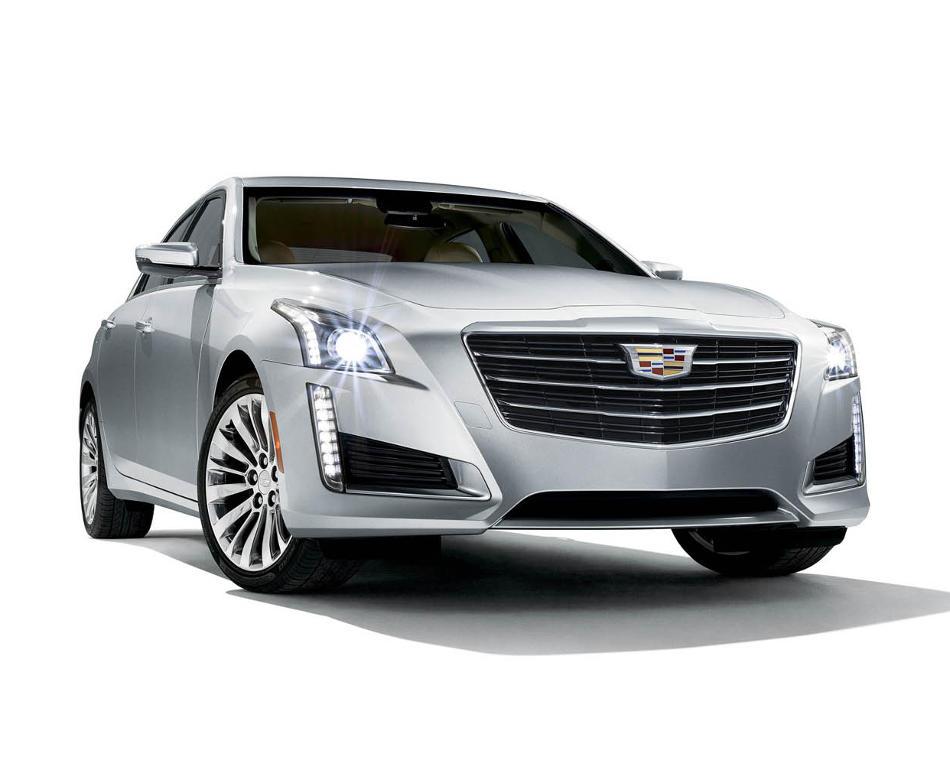 фары и бампер Cadillac CTS 2015