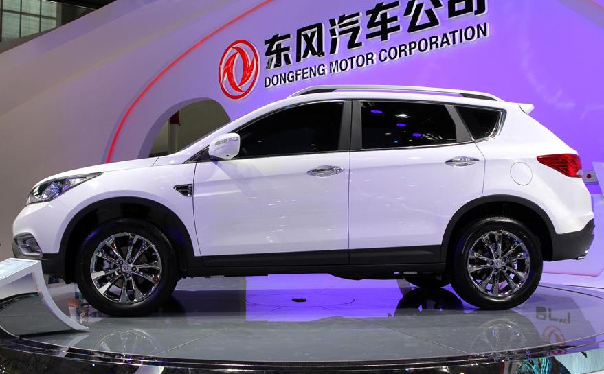 копия Nissan Qashqai - Dongfeng AX7