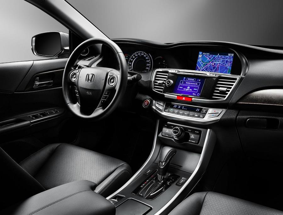 салон Honda Accord 2015