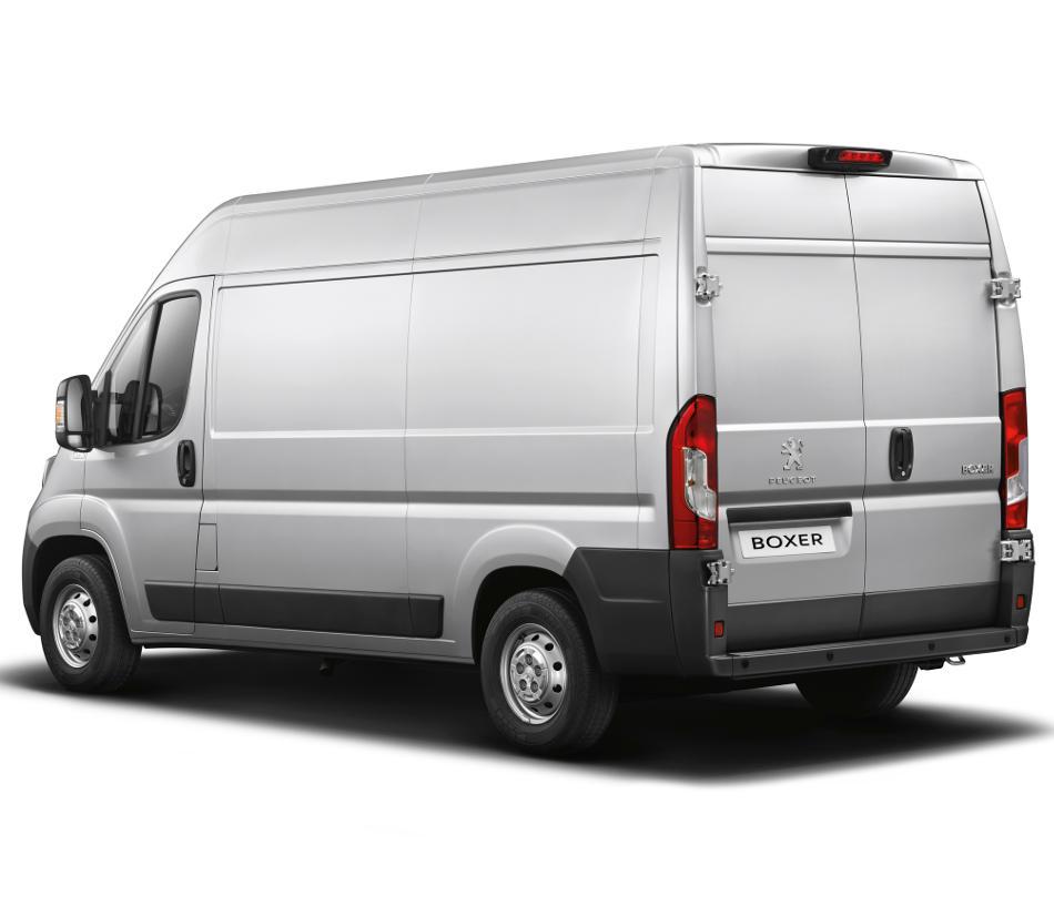 цельнометаллический фургон Peugeot Boxer 2015