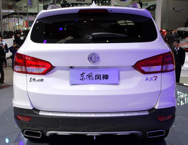 задние фонари Dongfeng AX7