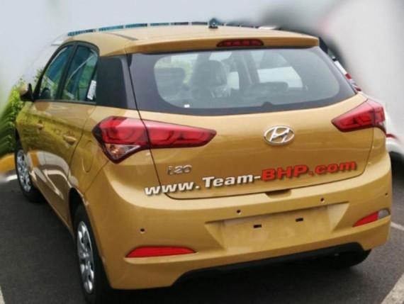задняя часть Hyundai i20 2015