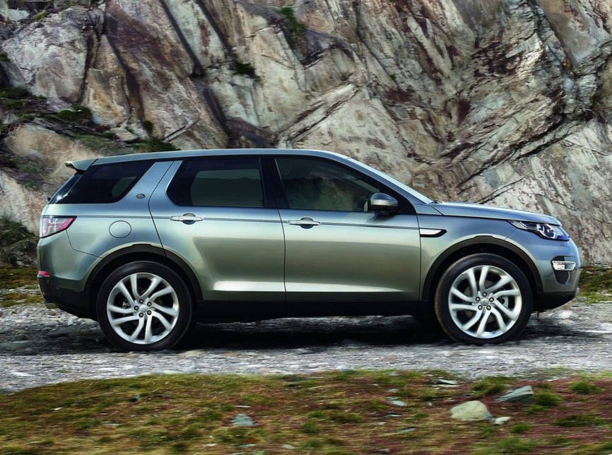 новый Land Rover Discovery Sport 2015 сбоку