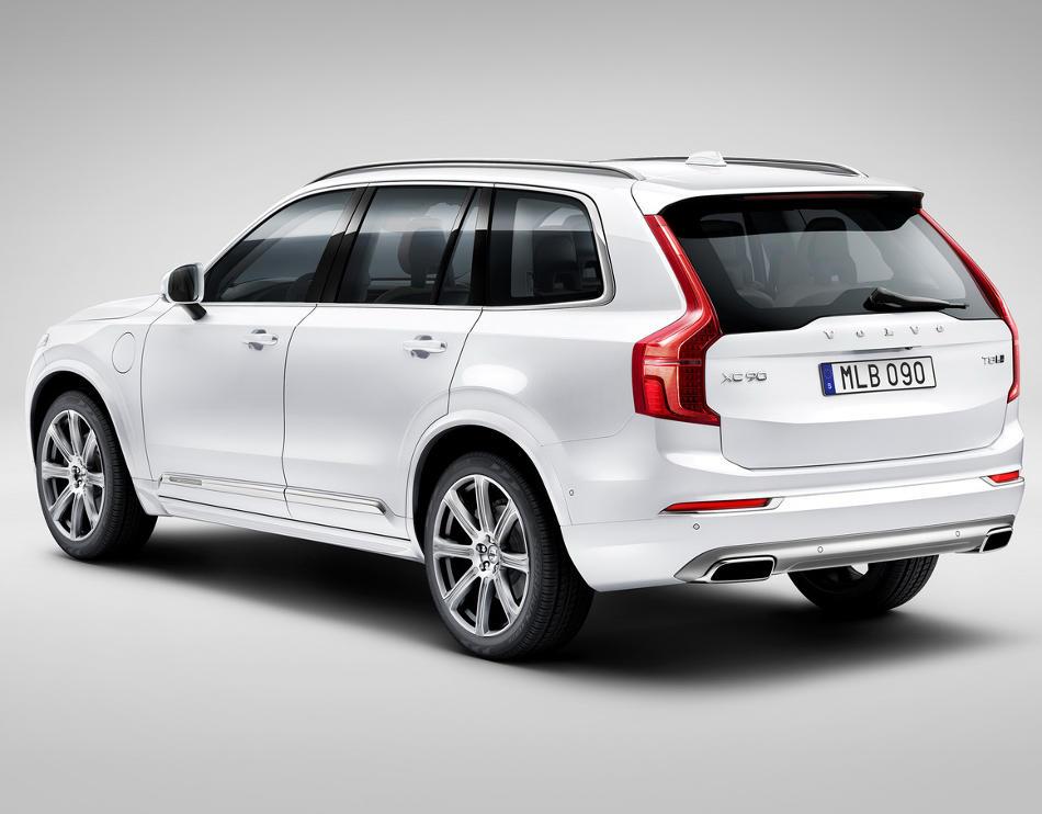 задняя часть Volvo XC90 2015