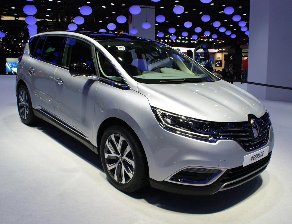 Фото Renault Espace 2015 года