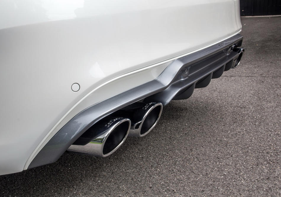 система выхлопа Mercedes C-Class AMG Sport 2014 от Carlsson
