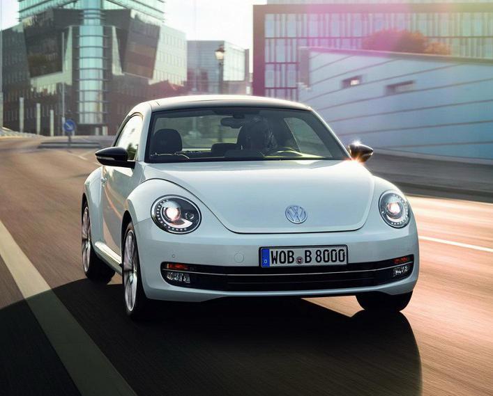 фото Volkswagen Beetle 2015