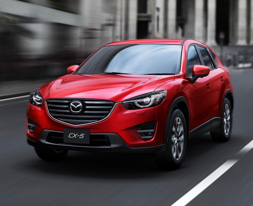 красный Mazda CX-5 2016 года