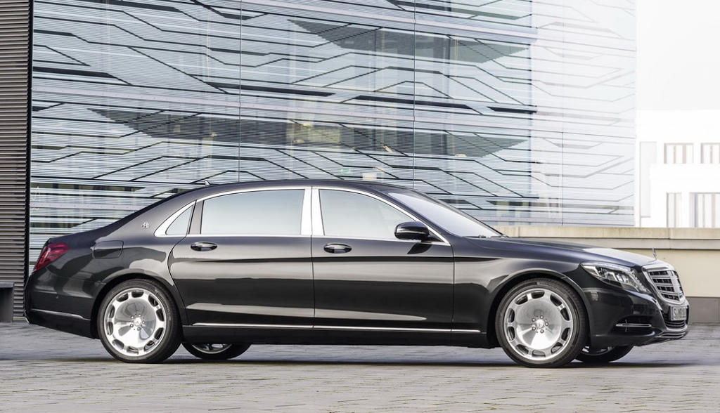 новый Mercedes-Maybach S-Class 2016 сбоку
