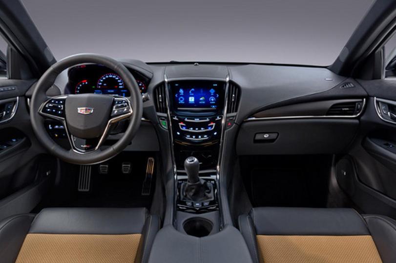 салон Cadillac ATS-V 2016
