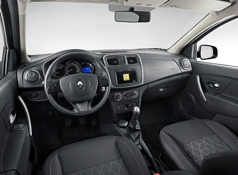 салон Renault Sandero Stepway 2015