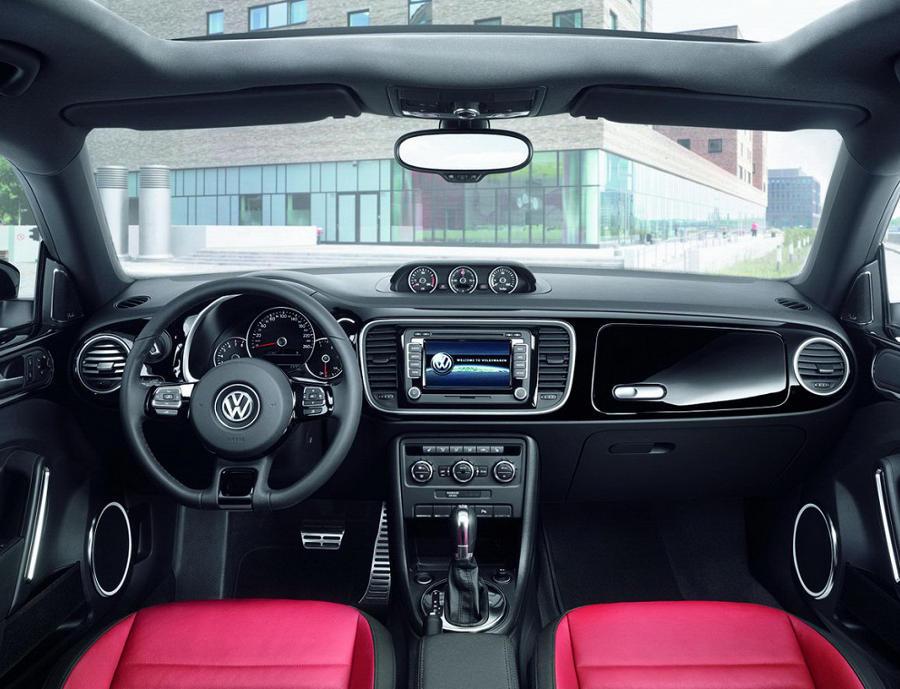 салон Volkswagen Beetle 2015
