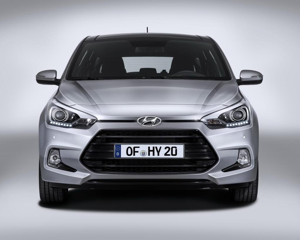 Фото Hyundai i20 Coupe 2015 года