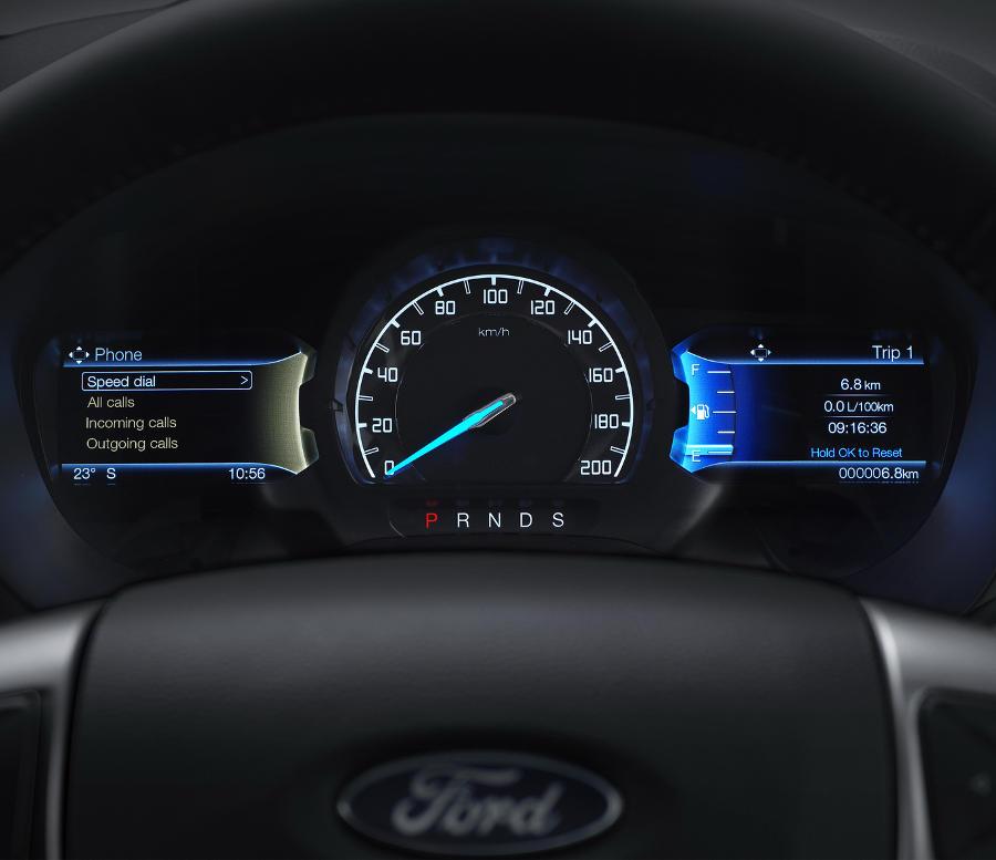 панель приборов Ford Ranger 2016