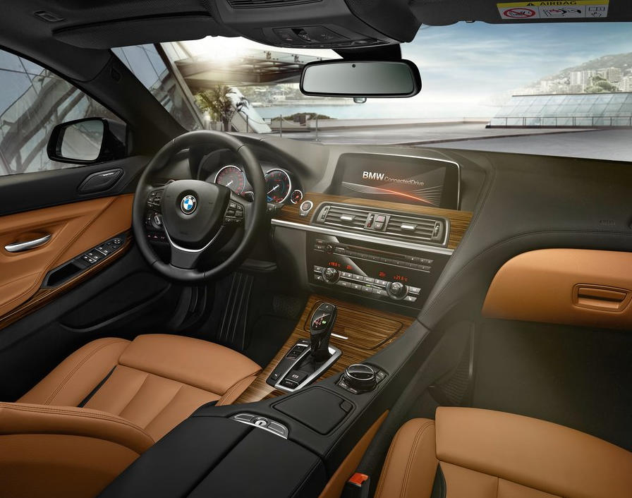 салон BMW 6-Series Gran Coupe 2015