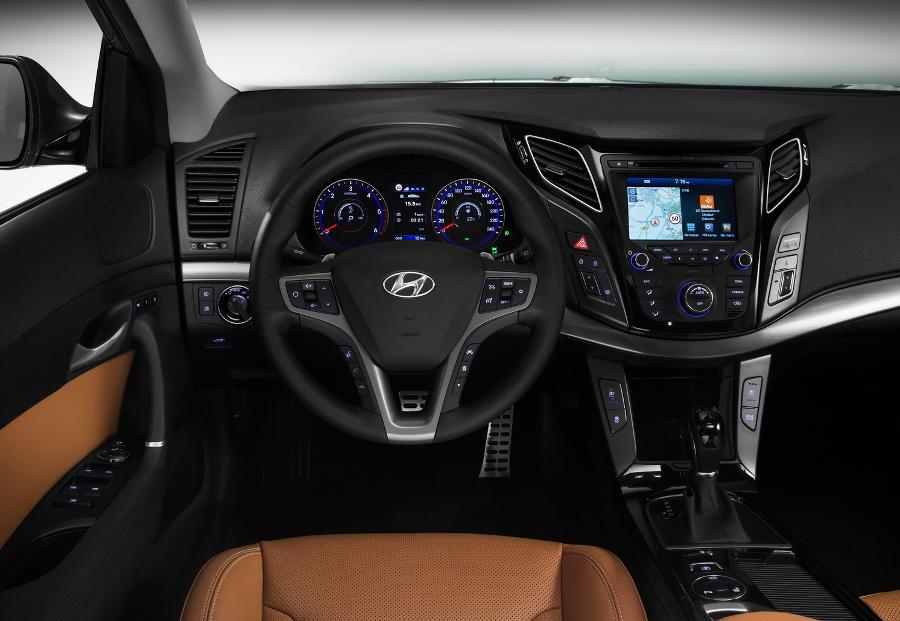 салон Hyundai i40 2015