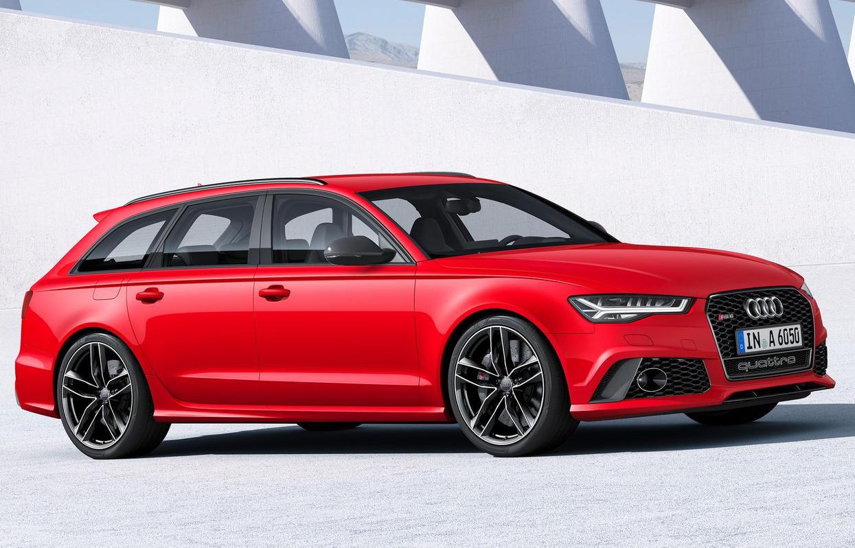 спортивный Audi RS6 Avant 2015