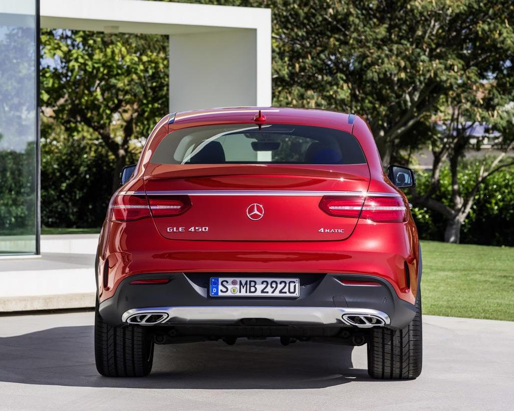 задние фонари Mercedes GLE Coupe 2016