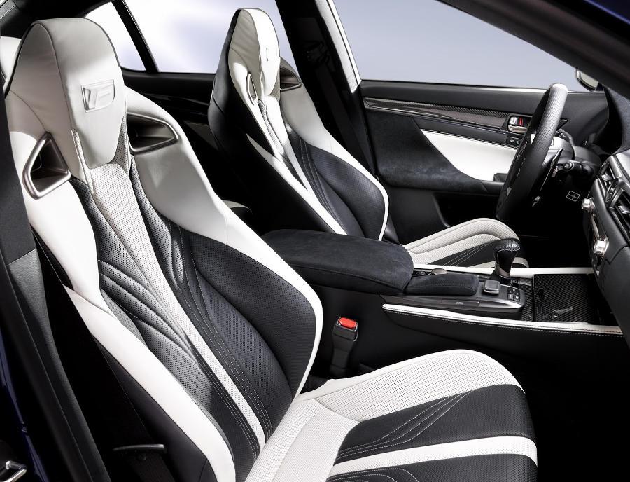 интерьер Lexus GS F 2016