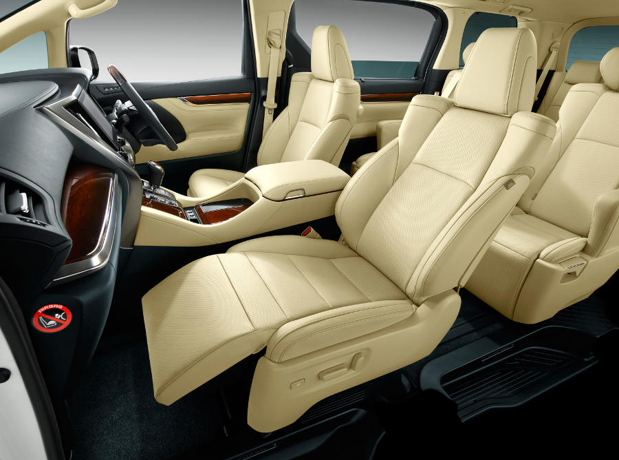 интерьер Toyota Alphard 2018