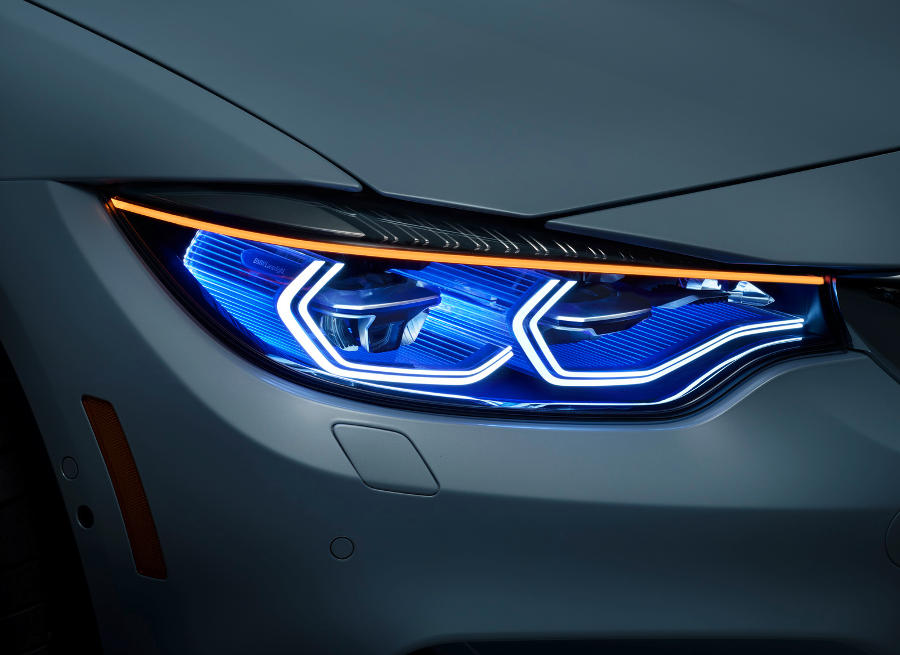 лазерные фары BMW M4 Iconic Lights Concept