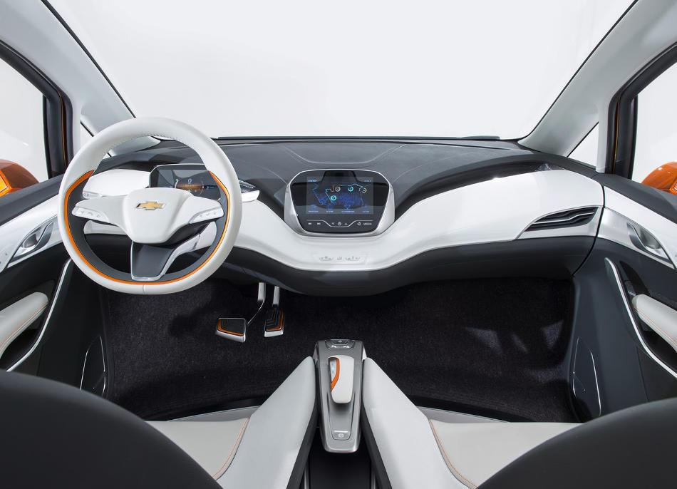 салон Chevrolet Bolt EV 2015