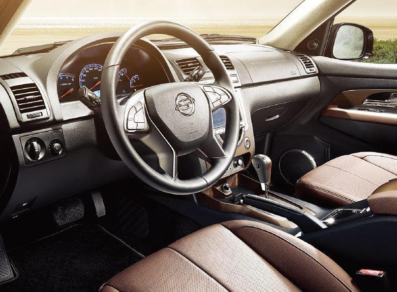 салон SsangYong Rexton 2016