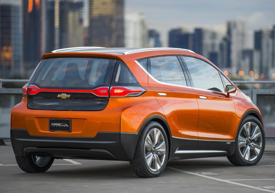 задняя часть концепта Chevrolet Bolt EV 2015