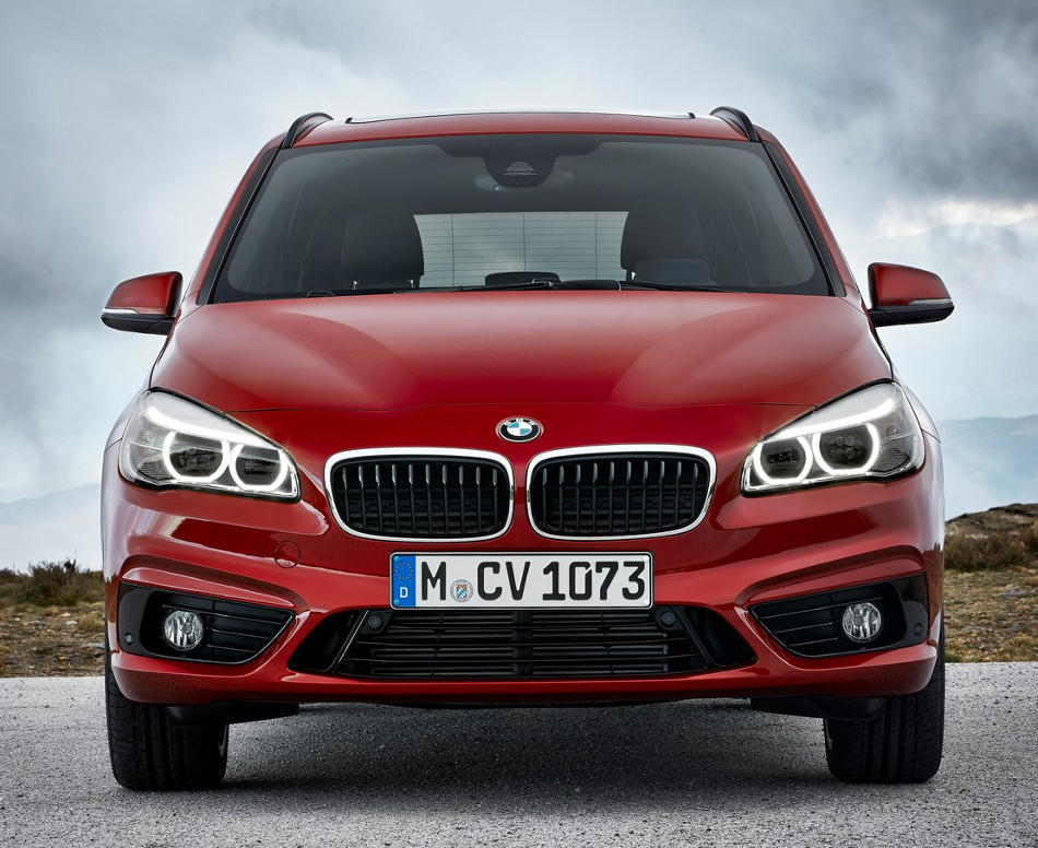 бампер и фары BMW 2-Series Gran Tourer 2016