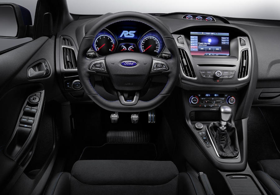 салон Ford Focus RS 2016