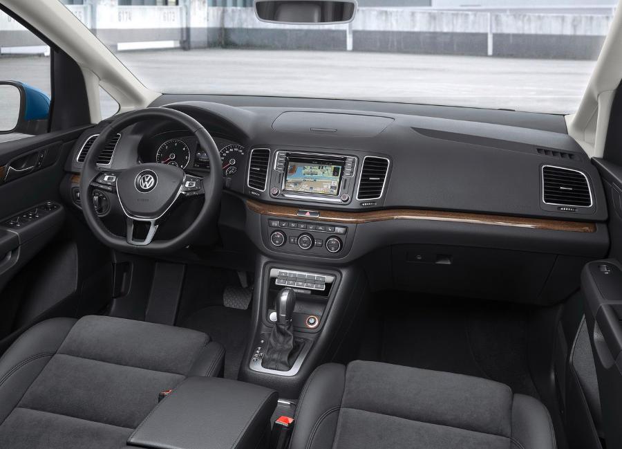 салон нового Volkswagen Sharan 2016
