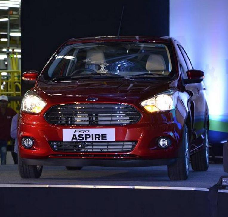 фары и бампер Ford Figo Aspire 2016