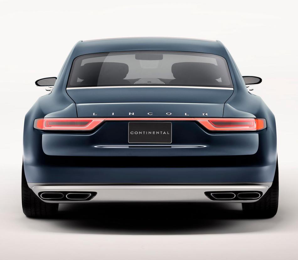 задние фонари Lincoln Continental 2015