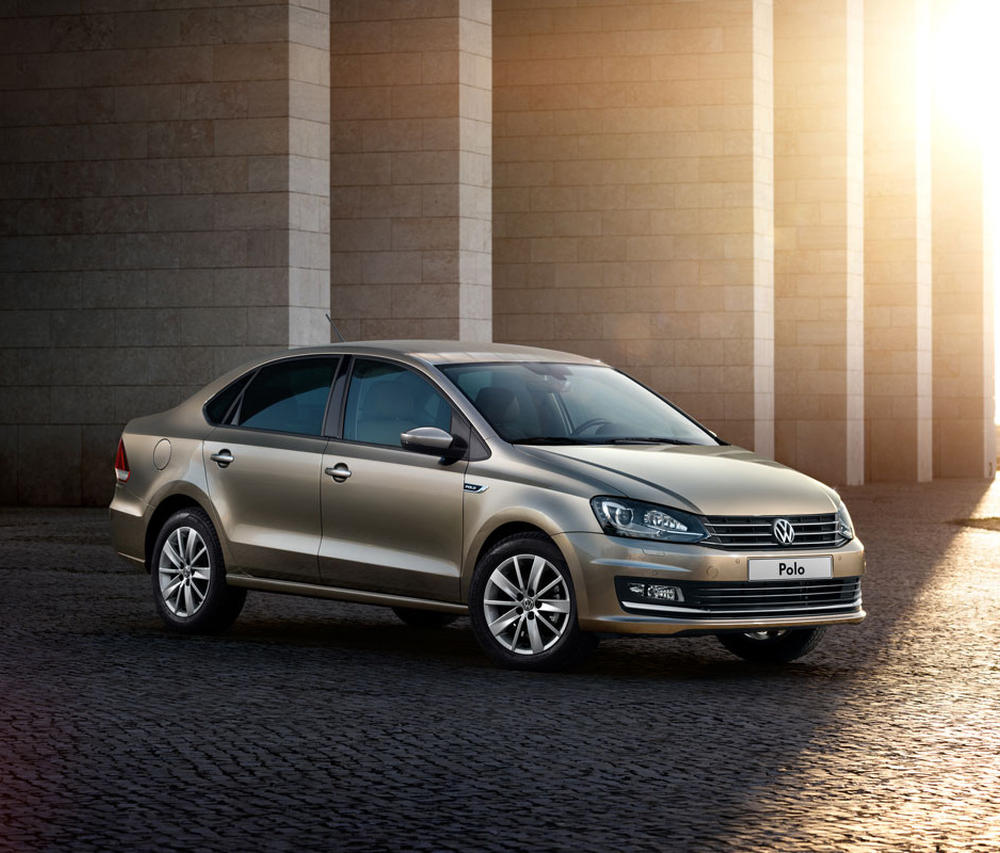 бампер и фары VW Polo Седан 2015-2016