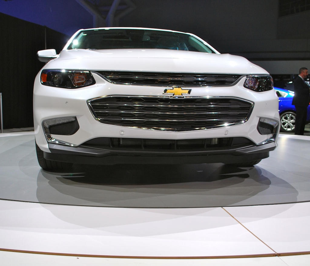 фары и решетка Chevrolet Malibu 2015 - 2016