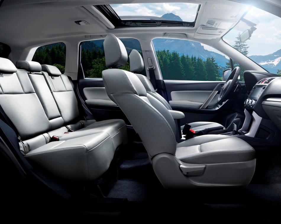 интерьер Subaru Forester 2015