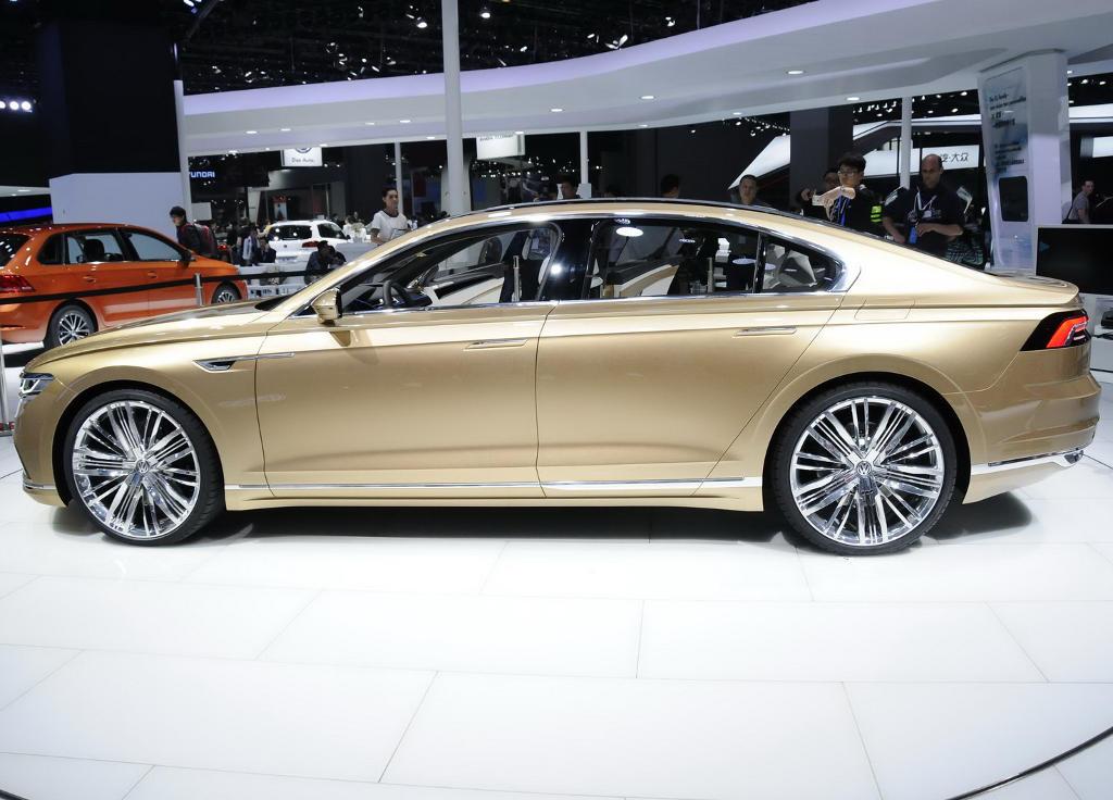 концепт C Coupe GTE Concept 2015 сбоку
