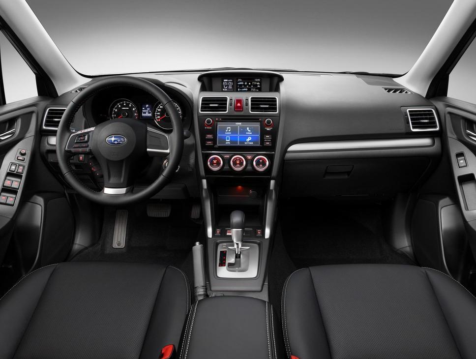 салон Subaru Forester 2015