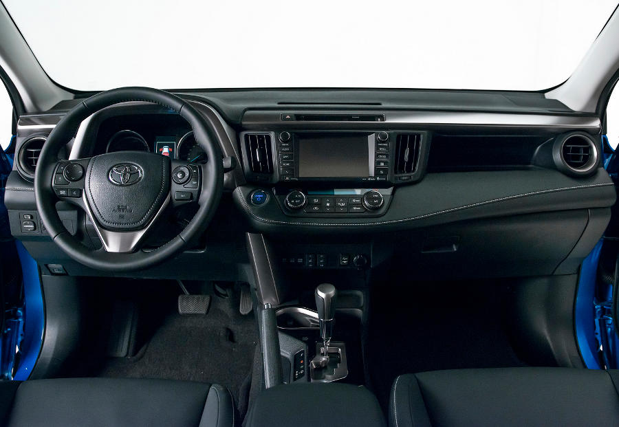 салон Toyota RAV4 2018