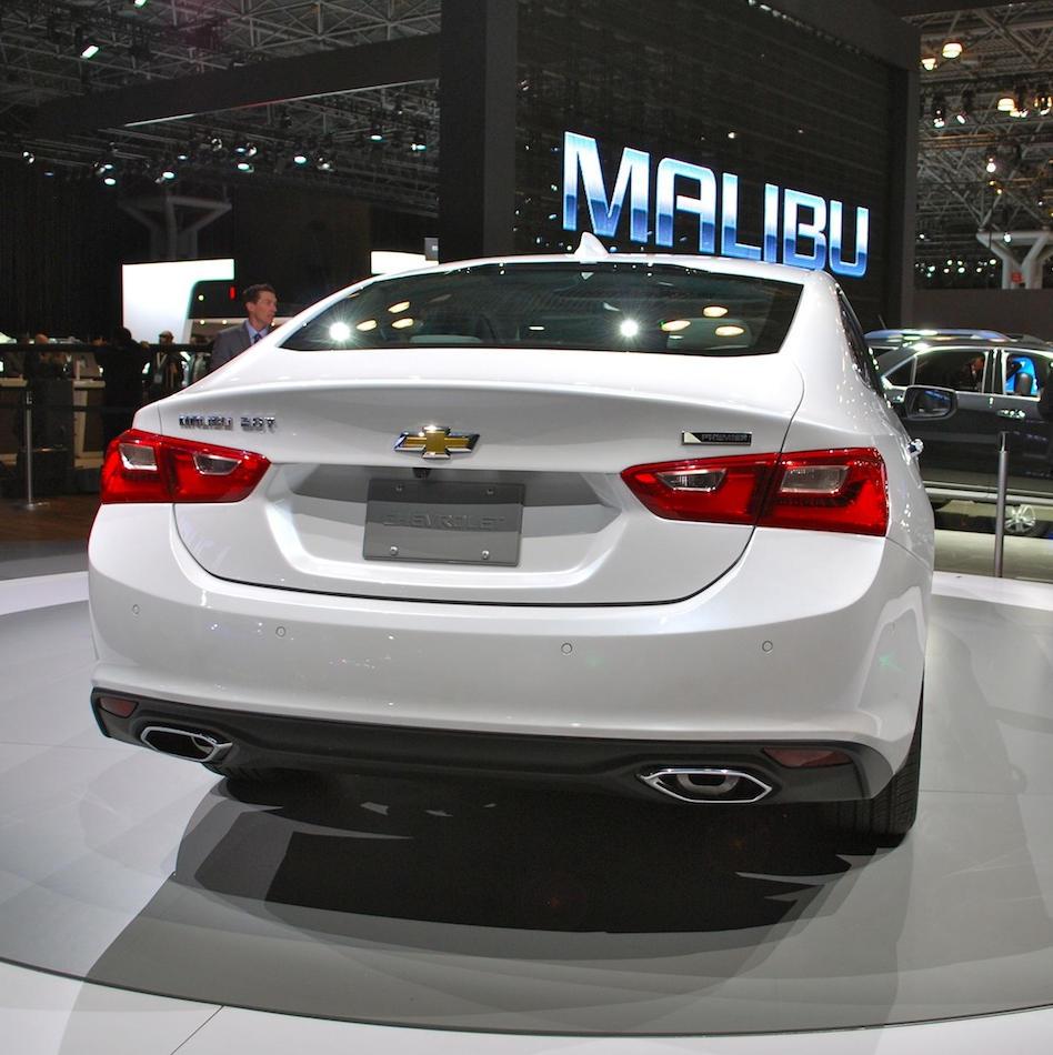 задние фонари Chevrolet Malibu 2015 - 2016
