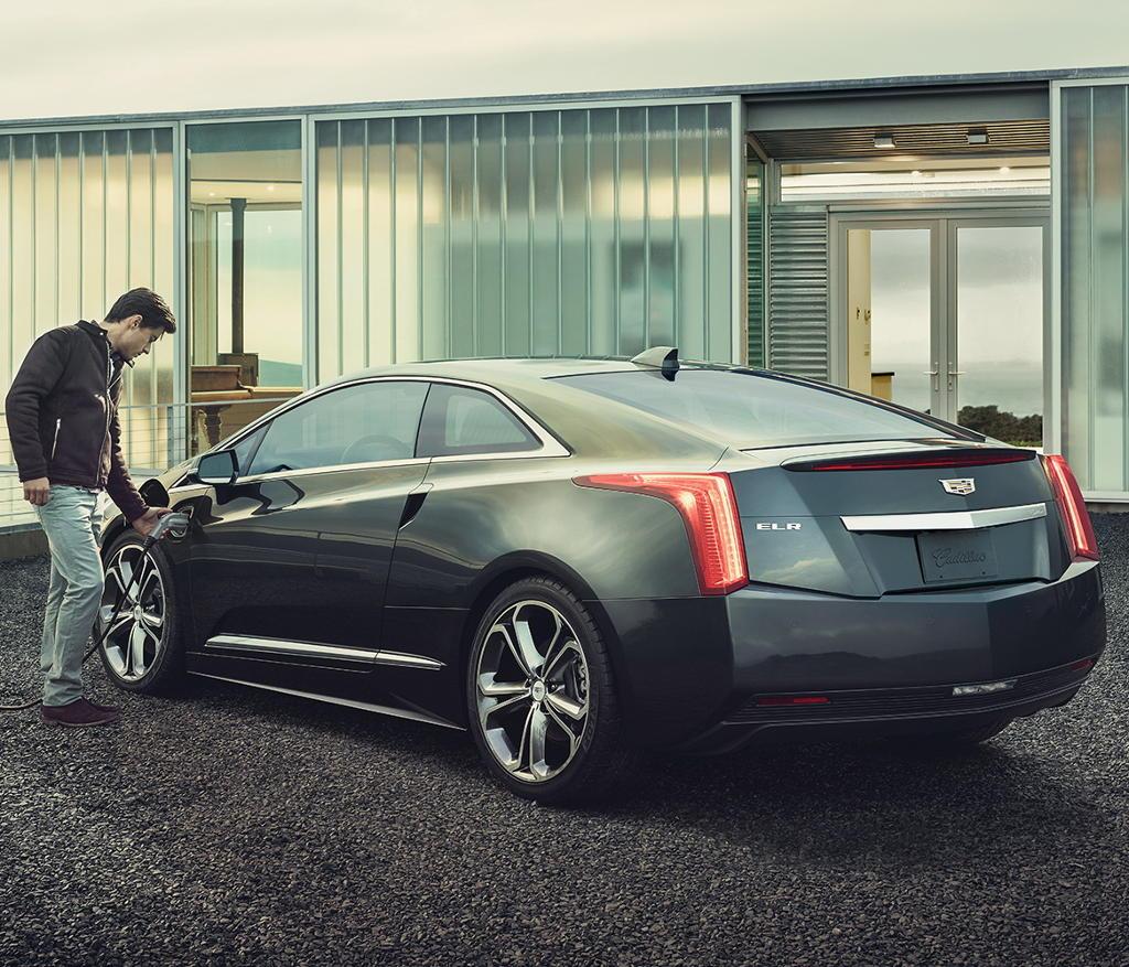 задняя часть Cadillac ELR 2016