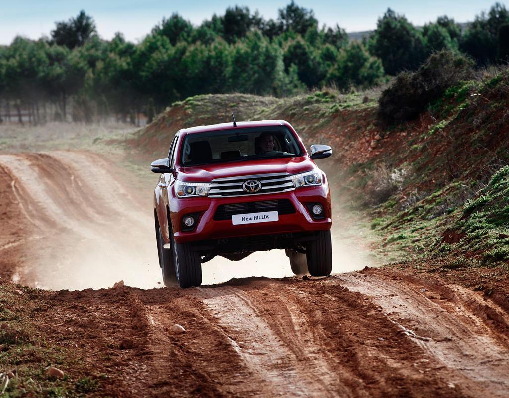 Фото нового Toyota Hilux 2016-2017 года