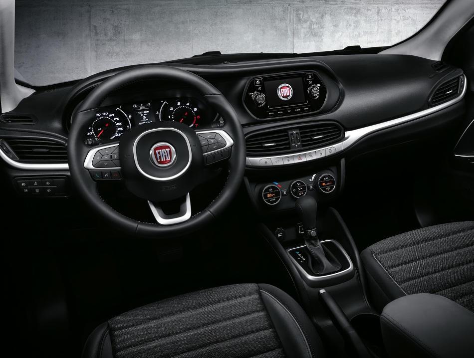 салон Fiat Aegea 2016
