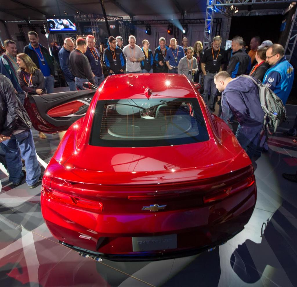 задние фонари Chevrolet Camaro 2016