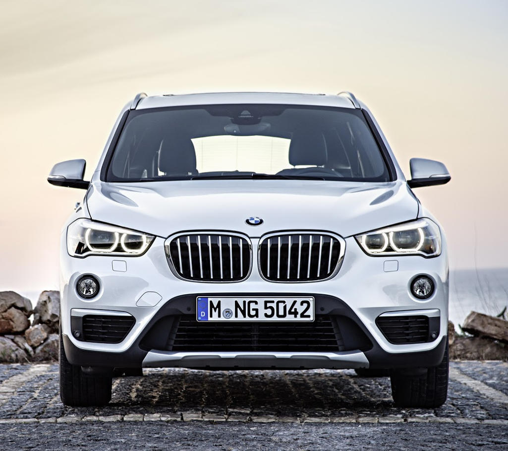 бампер и фары BMW X1 2016
