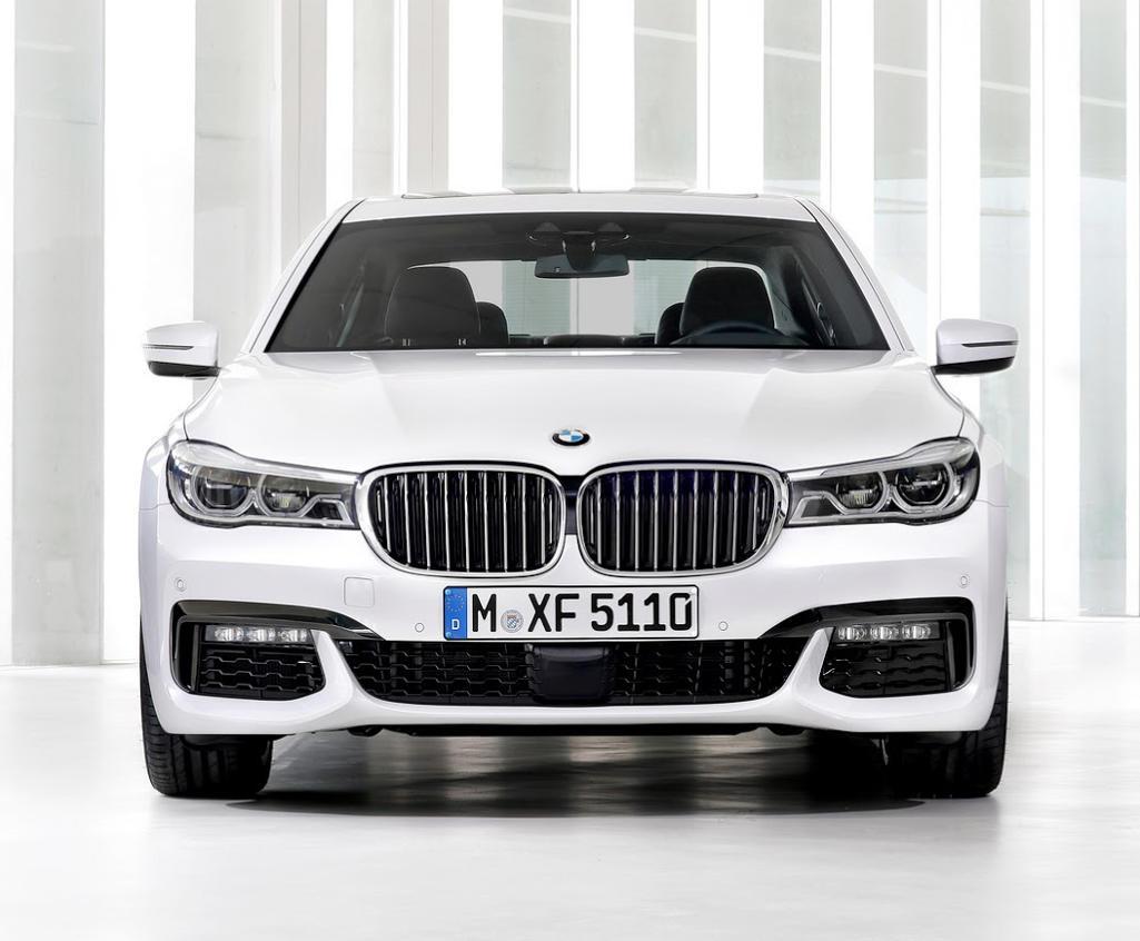 фары и бампер BMW 7-Series 2015 - 2016