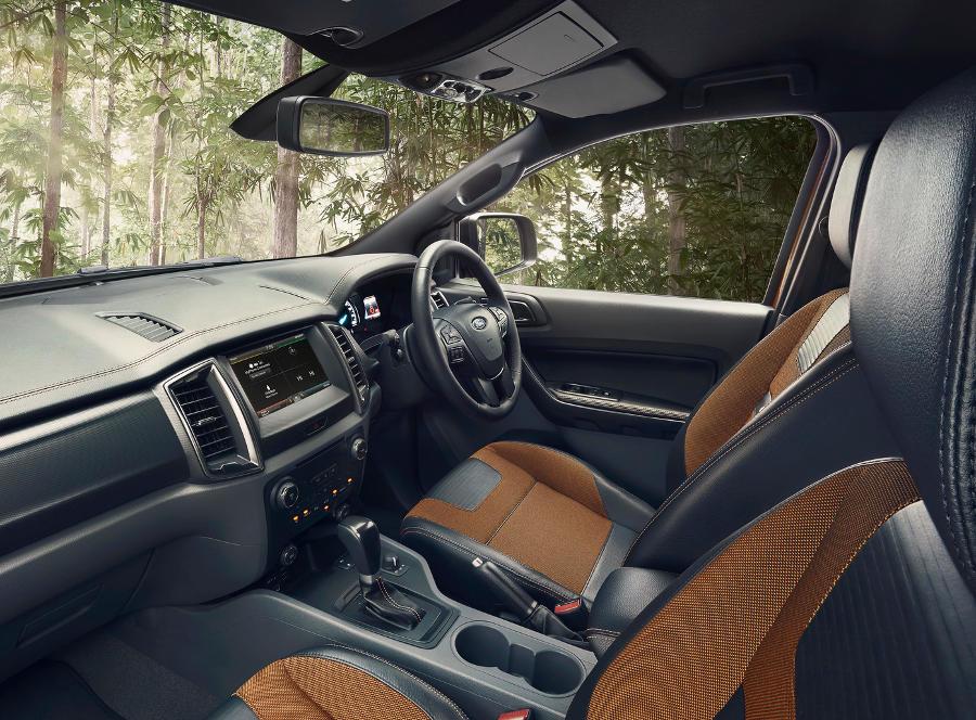 интерьер Ford Ranger Wildtrak 2016