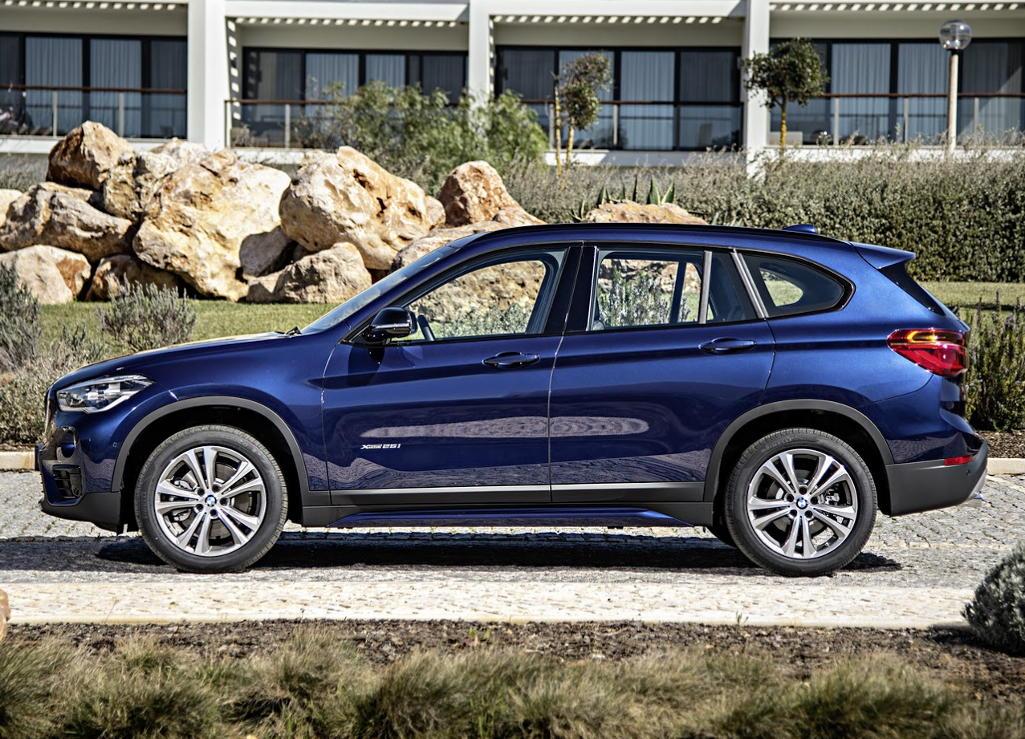 новый BMW X1 2016 сбоку