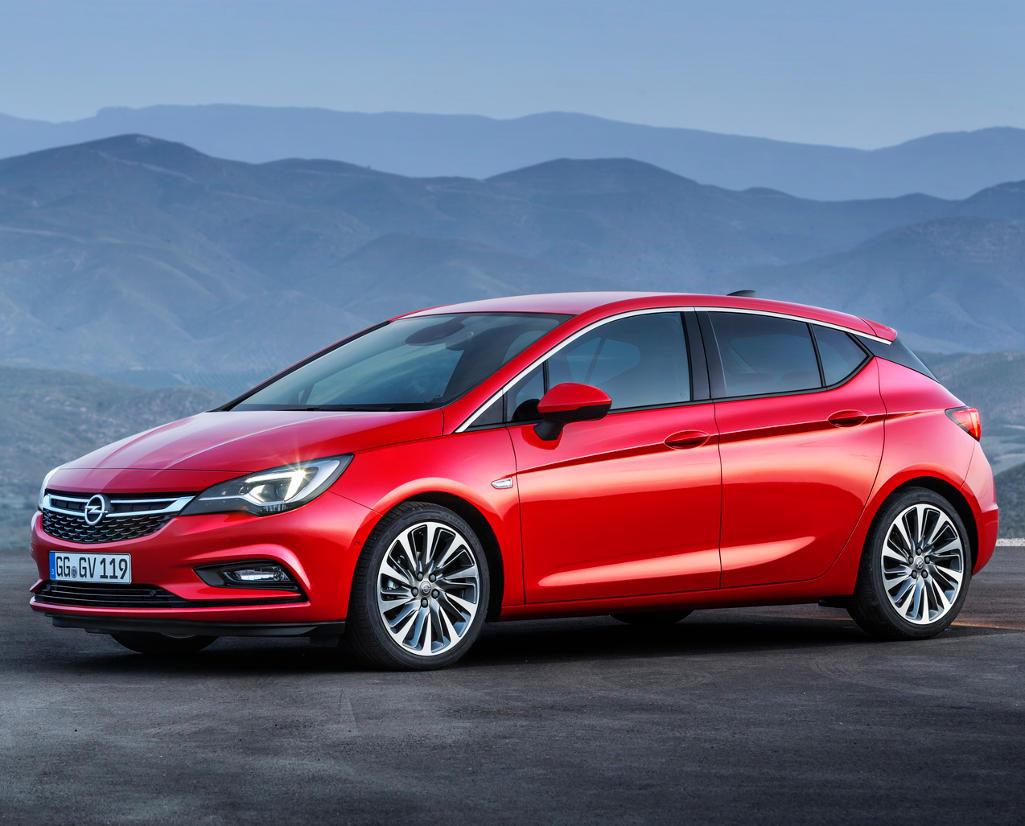новый Opel Astra хетчбэк 2016 сбоку