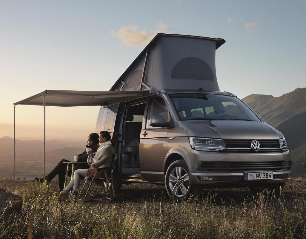 новый Volkswagen California 2016 с крышей